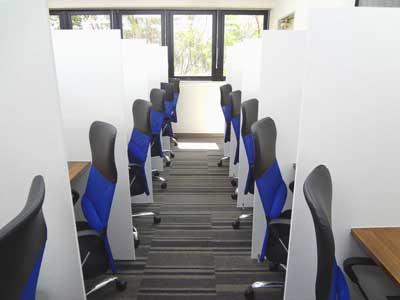 自習室 三宮、三宮1号店、ルミエ自習室のブース