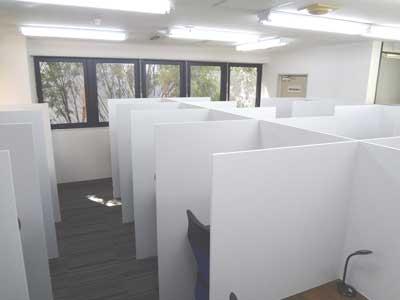 自習室 三宮、三宮1号店、ルミエ自習室のブース01